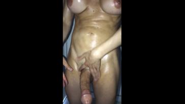 Shemale big dick